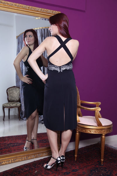 conDiva black tango dress. Elegant open back milonga dress