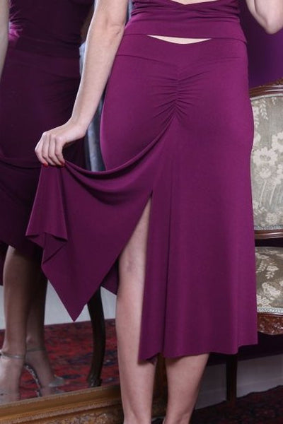 conDiva Eggplant Gathered Skirt with Slits