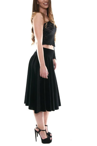 Black velvet skirt with voluminous ruffles