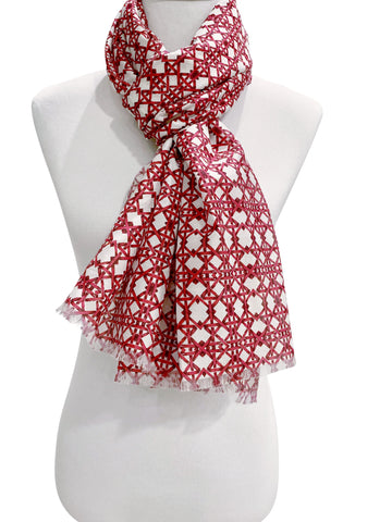 'Thonet Scarf in Raspberry'