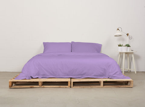 eduvet cover | dreamy violet | pallet bed | bedface