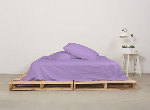 eflat sheet | dreamy violet | pallet bed | bedface