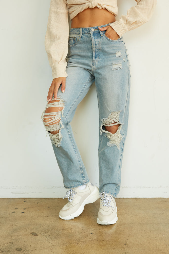 Distressed baggy jeans.