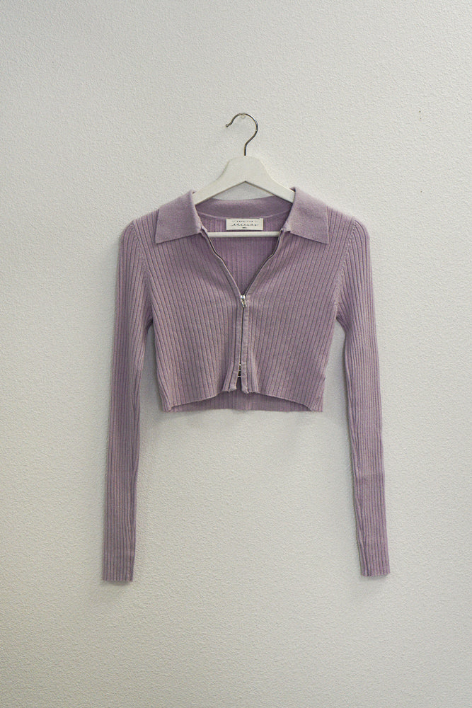 Lilac zip up sweater top.