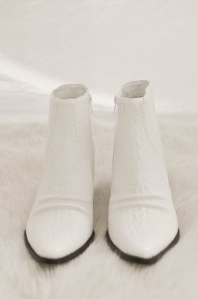 Matisse Devon Booties In White