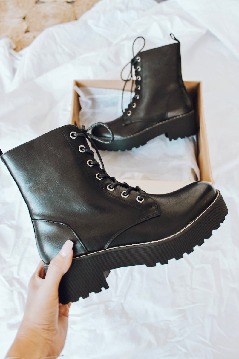 Chinese Laundry Mazzy Boots • Shop