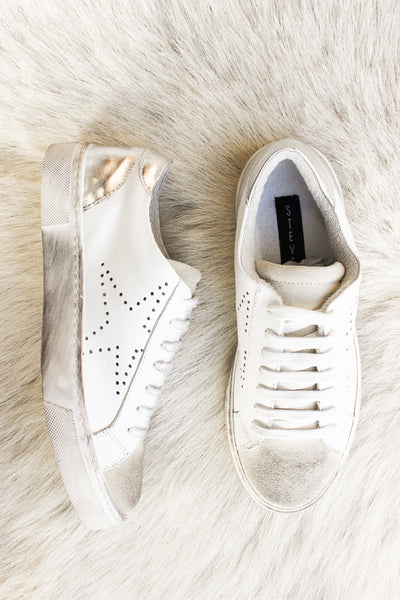 Steve Madden Rezza Sneaker In White