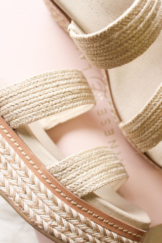 Chinese Laundry Zion Platform Sandal In Jute