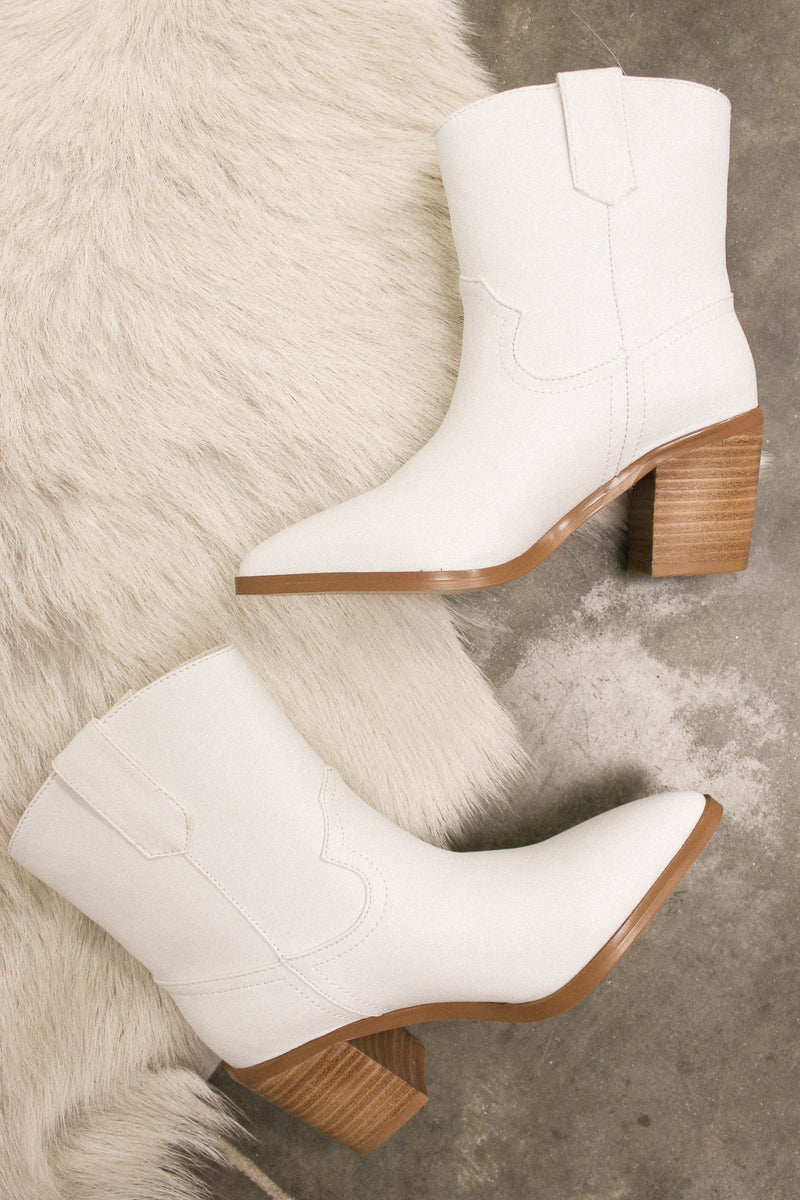 North Ankle Boot In White