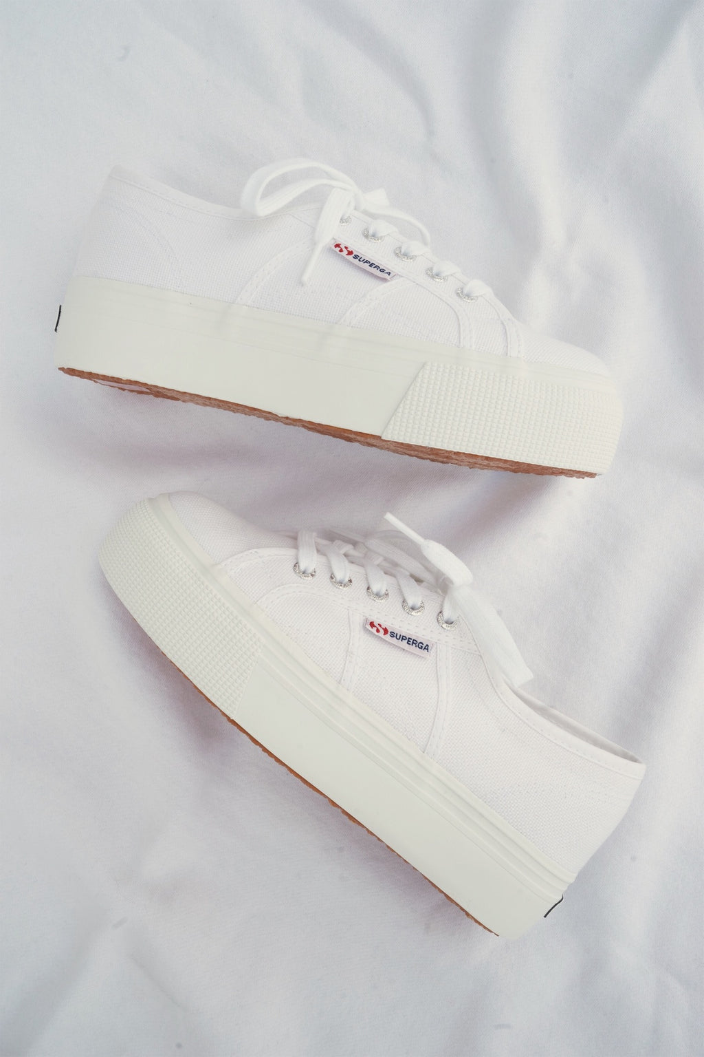 ACOTW Linea Up And Down Sneakers In White