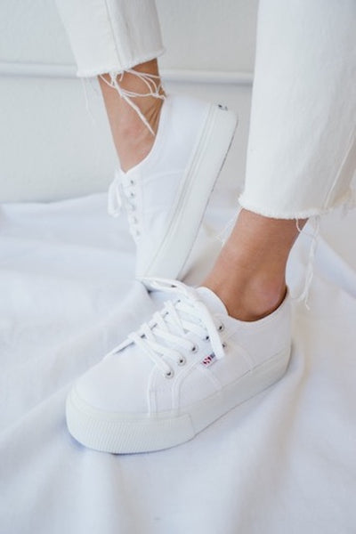 molto carino 8d881 7576f Superga ACOTW Linea Up And Down Sneakers In White