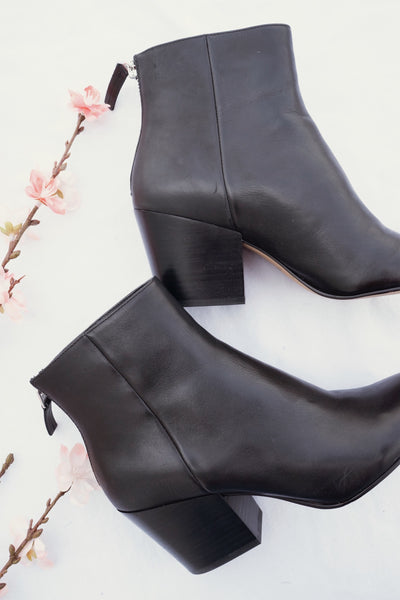 Dolce Vita Coltyn Booties In Black