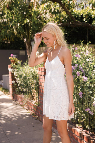 Mumu Victoria Mini Dress In Fiesta Floral Lace White