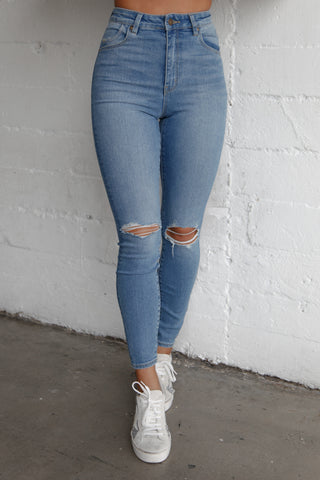 Rolla's Eastcoast Ankle Skinny Jeans In Ocean Worn