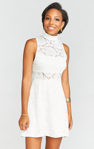 Mumu Alexa Dress In Fiesta Floral Lace White