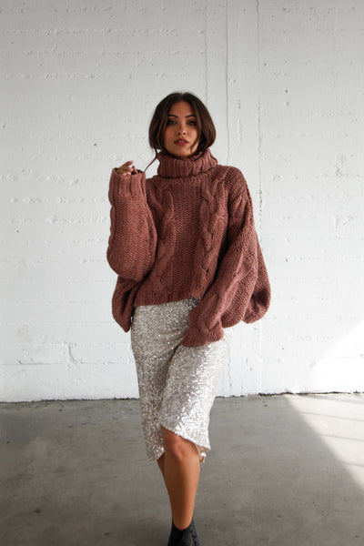 Stardust Chunky Knit Turtleneck Sweater In Mauve