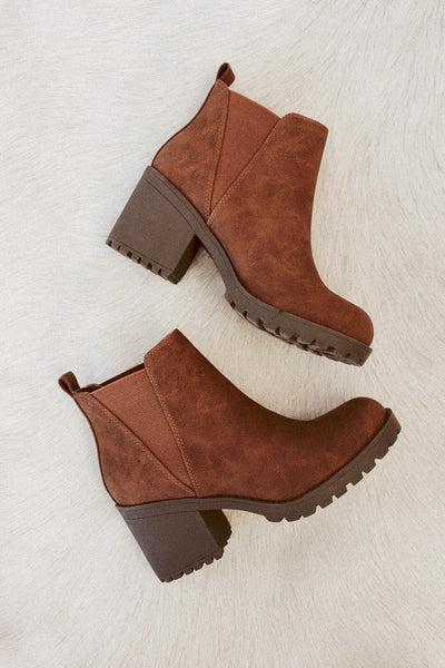 Chinese Laundry Lisbon Bootie In Walnut