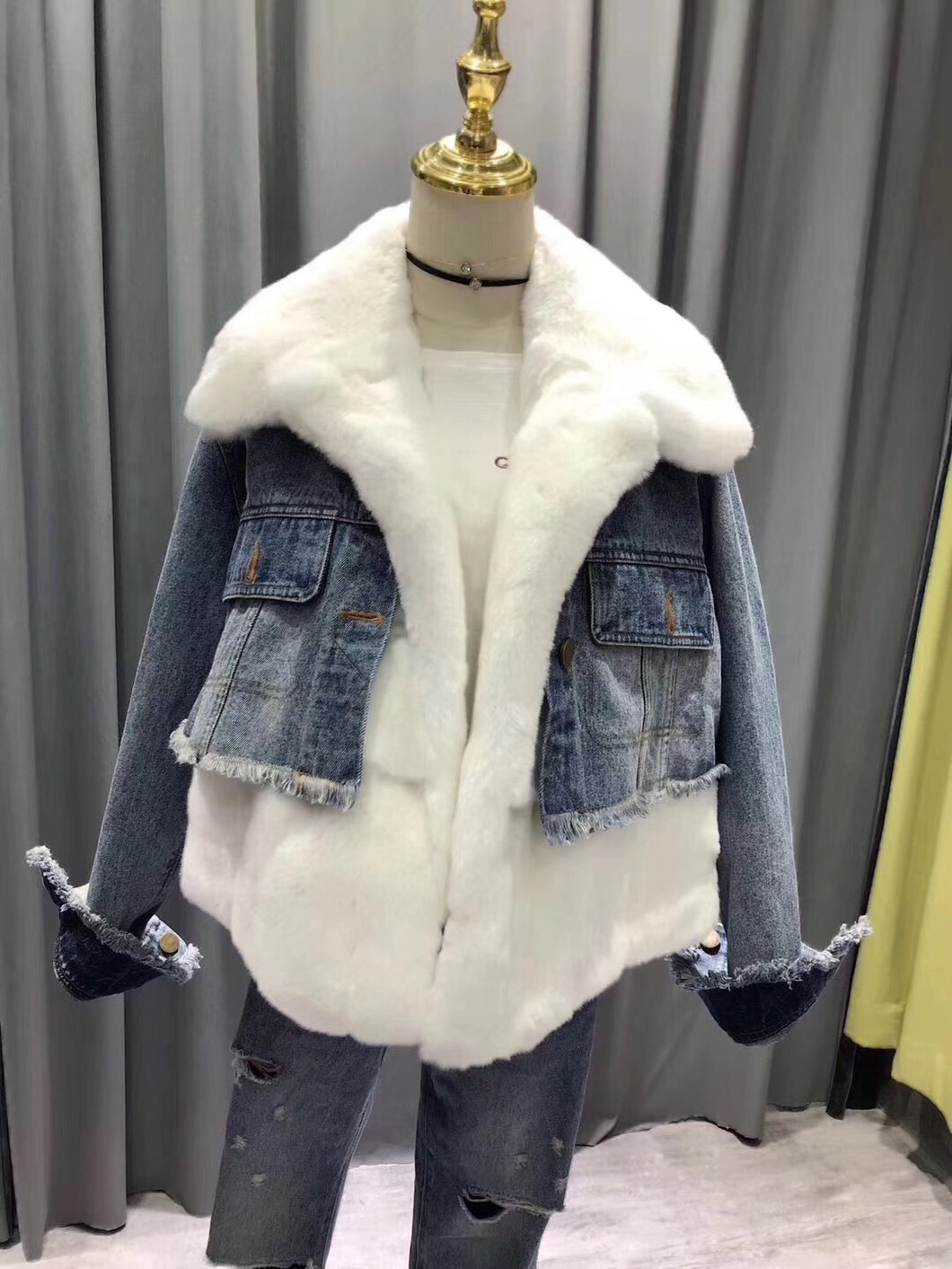 2018 Fur Fraternity White Denim Real fur Coats Designer Jacket