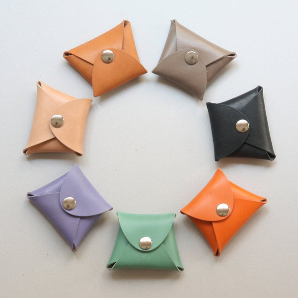 WOMEN'S COIN PURSES & HOLDERS