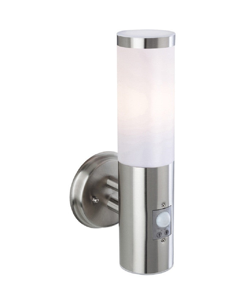 Plaza exterior wall light with built in sensor