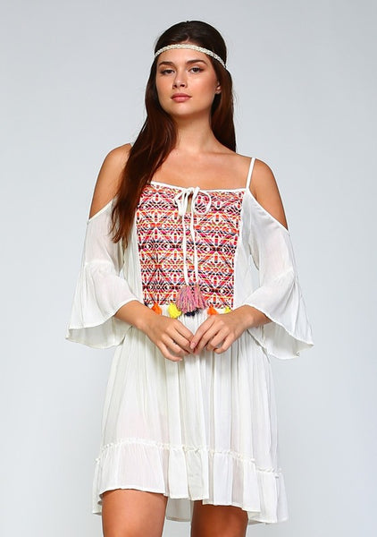 Curvy - Fun cold-shoulder dress featuring beautiful embroidery