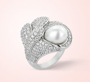 Ciara Sterling Silver Pearl Ring