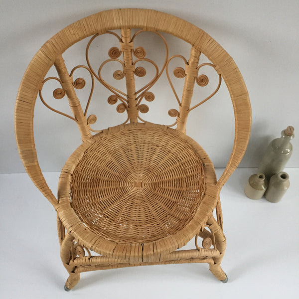 Small Bohemian Peacock Wicker Chair - Petite Chaise Boho Peacock 1970s - Free delivery- Livraison Gratuite