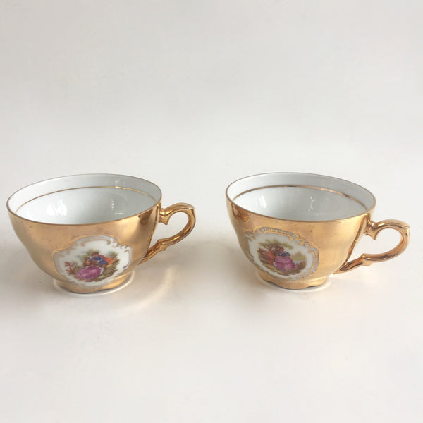 Pair of Vintage Expresso Cups - Paire de Tasses à Expresso en Porcelaine   - Free delivery UK France