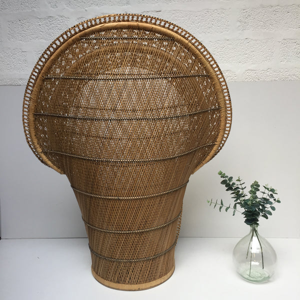 Vintage Peacock 1970s Adult Emmanuelle Wicker Chair - Grand Fauteuil Emmanuelle Vintage - Free delivery UK- Livraison Gratuite France