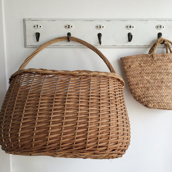 1 Vintage French Rustic Wicker Basket- Panier a Commissions Vintage - Free Delivery UK-Livraison Gratuite France