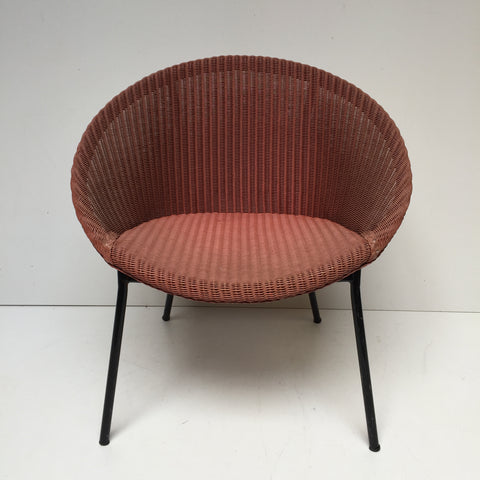 Raspberry Pink Lusty Lloyd Loom Vintage Wicker Chair 1950s - Chaise Lusty Lloyd Loom Framboise Osier et Metal - free delivery UK/France