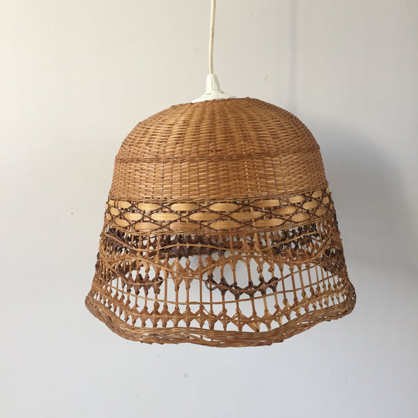 retro vintage wicker lamp shade abat jour rotin osier vintage free la petite brocante. Black Bedroom Furniture Sets. Home Design Ideas