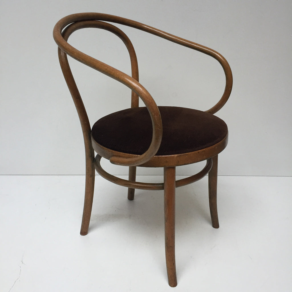 vintage bentwood bistrot chair le corbusier chaise bistrot vintage b la petite brocante. Black Bedroom Furniture Sets. Home Design Ideas