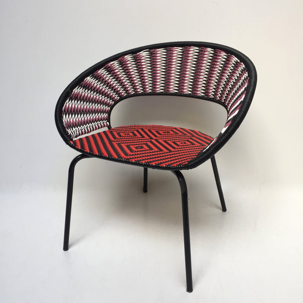 Black and Red Graphic Chair - Fauteuil noir et rouge graphique - free delivery UK- livraison gratuite France