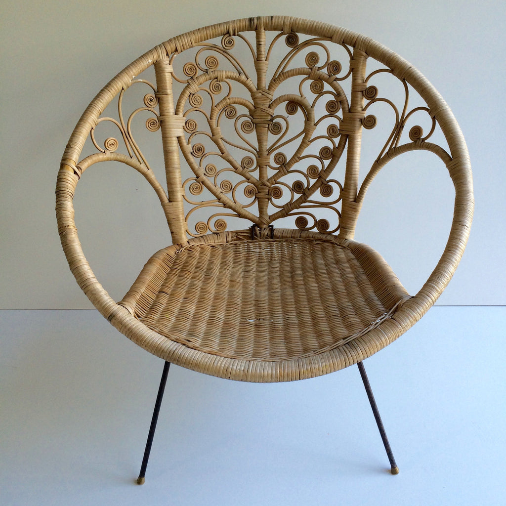 vintage boho peacock wicker rattan chair fauteuil en rotin vintage b la petite brocante. Black Bedroom Furniture Sets. Home Design Ideas
