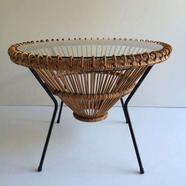 Vintage franco albini janine abraham 1950s wicker table for Petites tables rondes