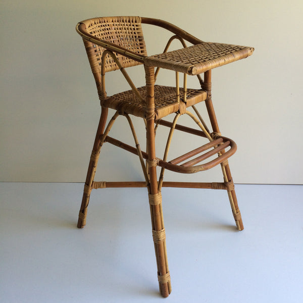 A Vintage Wicker High Chair - Chaise Haute Vintage Rotin - free delivery in UK and France