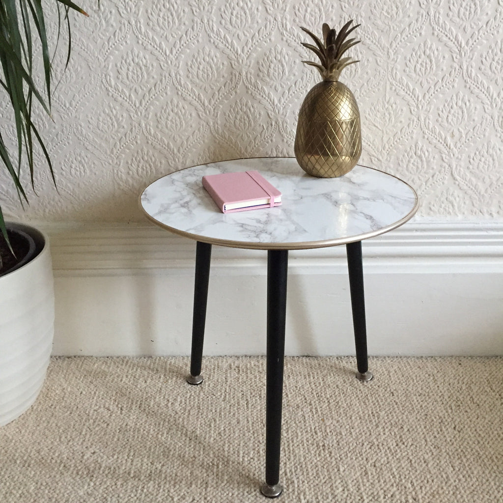 round marble effect vintage coffee table 1950s - table basse