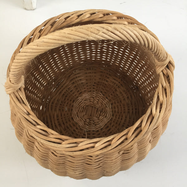 Old French Wicker Basket- Ancien Panier - Free delivery UK - Livraison gratuite France