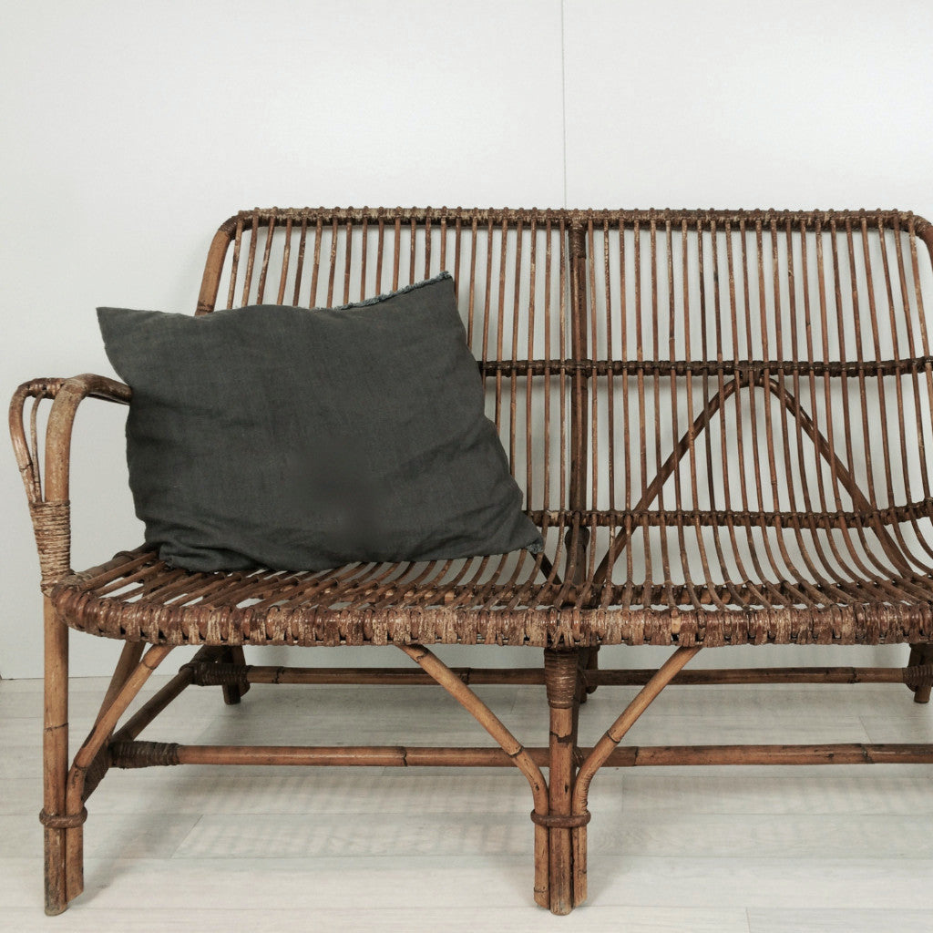 vintage wicker rattan 2 seater 1960s banquette canap rotin vintage la petite brocante. Black Bedroom Furniture Sets. Home Design Ideas