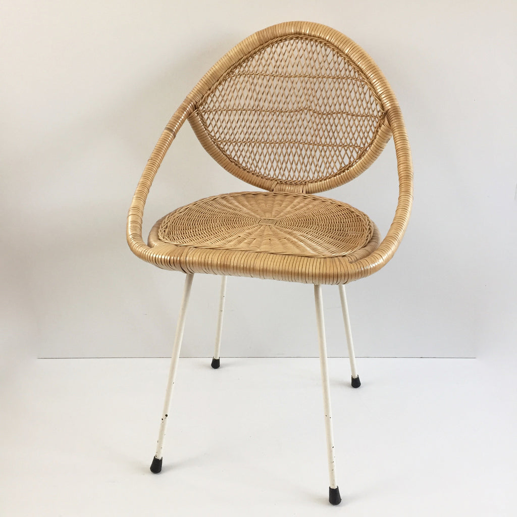 Vintage wicker chair chaise rotin vintage free for Antique wicker chaise