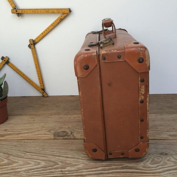 Shop the Look: Valise Suitcase, Moulin a Cafe Coffee Grinder, Gourde, Vintage Wicker Bottle