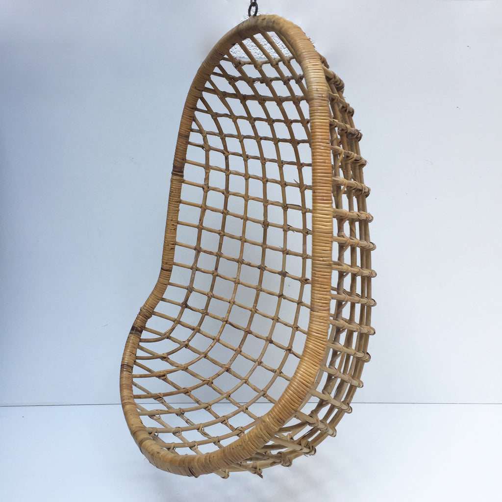 ... Vintage Wicker Hanging Chair 1960s  Fauteuil Suspendu En Rotin Vintage   Free Delivery UK  ...