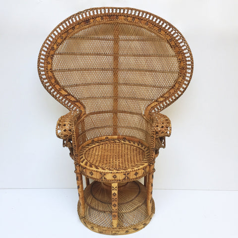 Vintage Peacock 1970s Adult Emmanuelle Wicker Chair - Fauteuil Emmanuelle Vintage - Free delivery UK- Livraison Gratuite France