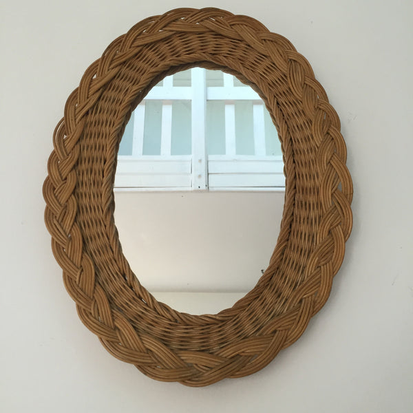 vintage rattan oval wicker mirror miroir ovale vintage rotin osier la petite brocante. Black Bedroom Furniture Sets. Home Design Ideas