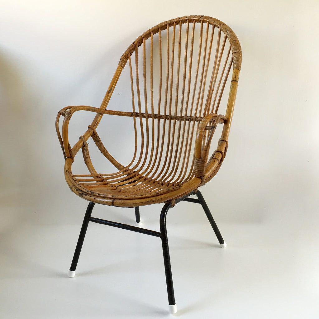 Retro Vintage Rattan Tall Wicker Chair Metal Feet   Fauteuil Rotin Vintage  Retro Haut Pieds Metal
