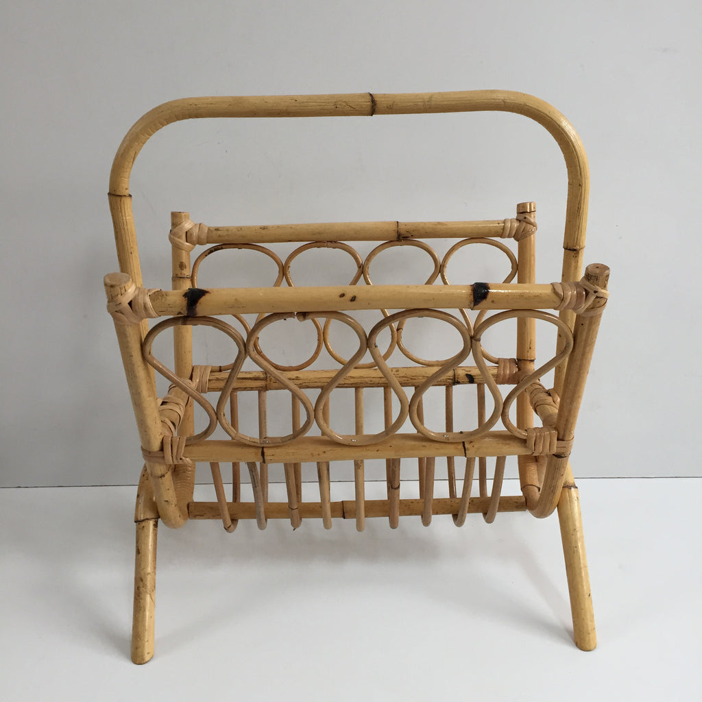 retro vintage wicker magazine rack porte revues rotin vintage free la petite brocante. Black Bedroom Furniture Sets. Home Design Ideas
