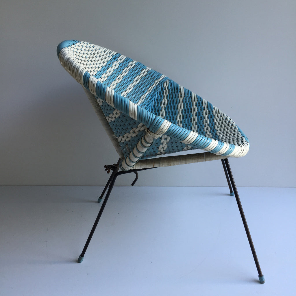 Vintage satellite atomic woven wicker scoubidou kids chair for Chaise annee 90