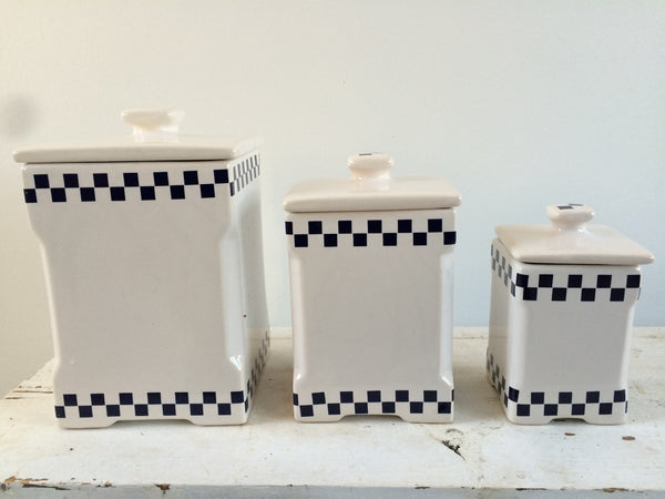 Set of 3 French Shabby Kitchen Pots