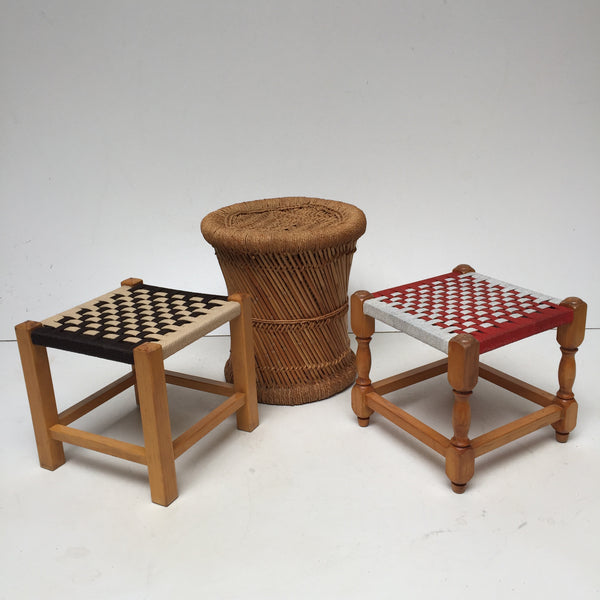 vintage boho woven wicker stool tabouret vintage rotin tress boheme la petite brocante. Black Bedroom Furniture Sets. Home Design Ideas